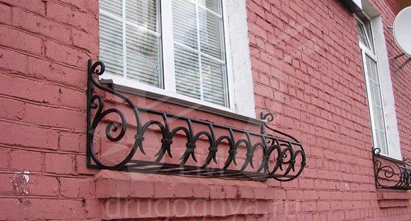Ковка на окна для цветов