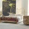 №061 Кованая кровать с консольным столиком