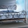 №066 Оформление спальни кованой мебелью