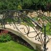 №047 Кованый садовый мостик