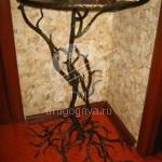 Арт №033 Кованый столик для прихожей