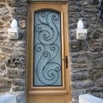 №001 Дверь с элементами ковки