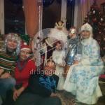 Семейное фото с Дедом Морозом и Снегурочкой
