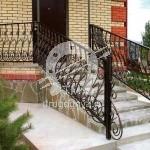 Арт №056 Входная кованая лестница
