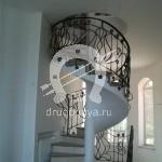 Арт №096 Кованая лестница винтовая