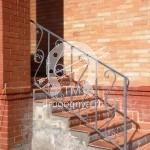 Арт №87 Лестница для крыльца