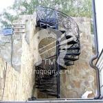 Арт №032 Кованая винтовая лестница