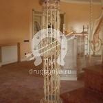 Арт №019 Кованый столб для лестницы